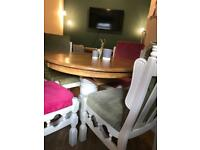Country Solid Oak Extendable Dining Table complete with 4 Chairs