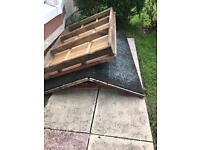Free shed roof and base