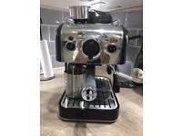 Dualit 3 in 1 coffee machine. Makes espresso, cappuccino, latte