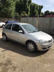 2006 Vauxhall Corsa Design. 1.4 automatic. Silver.