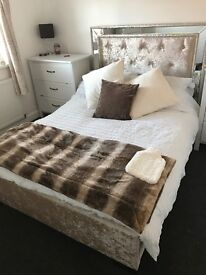 Oyster Crushed Velvet mirrored double bed with materess