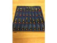 QUALITY WOOD AND BRASS CHESS SET