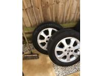Vauxhall alloys and good tyres