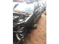 2001 renault clio 1.2 petrol BREAKING FOR SPARE PARTS