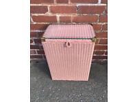 Lloyd loom dusky pink linen basket