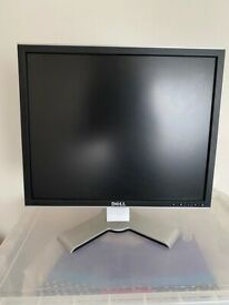 Dell UltraSharp Monitor - 1907FPc 19 inch VGA DVI 1280x1024