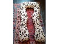 Maternity Pillow / Pregnancy Pillow