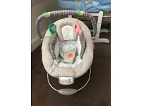 Ingenuity unisex baby bouncer chair - excellent condition