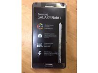 Samsung Galaxy Note 4,32GB,Unlocked,Like Brand New, White & Black Colour,With Warranty