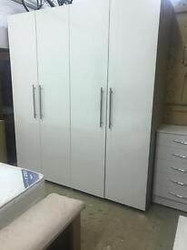 4 door wardrobe £350