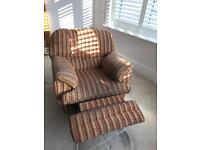 Swivel/rocking chair