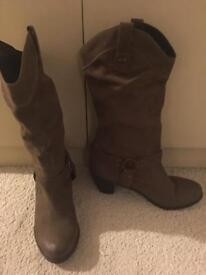 Ladies Dune boots size 7