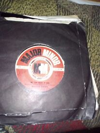 Malcolm Roberts vinyl record 45 rpm.we can make it girl.