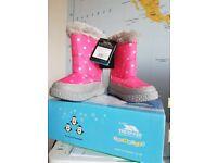 SOLD - Brand New Trespass Girls Snow Boots size 26/8