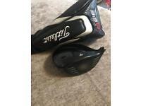 Titleist 915 D2 Driver 9.5 head only