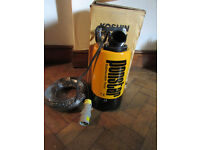 PONSTAR HIGH PERFORMANCE SUBMERSIBLE WATER PUMP PB55011 20 METERS CABLE