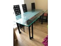 Dinning room table & 6 chairs