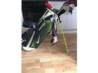 FULL GOLF CLUBS WITH NIKE BAG