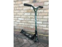 Grit Invader Scooter - Black & Green
