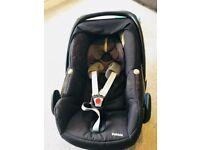 Black Maxi Cosi Pebble Infant Car Seat Group 0+