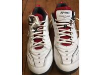 Tennis shoes - mens