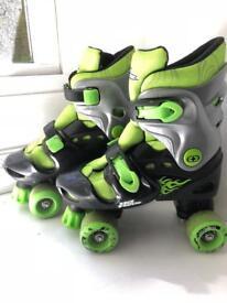 Junior quad roller skates