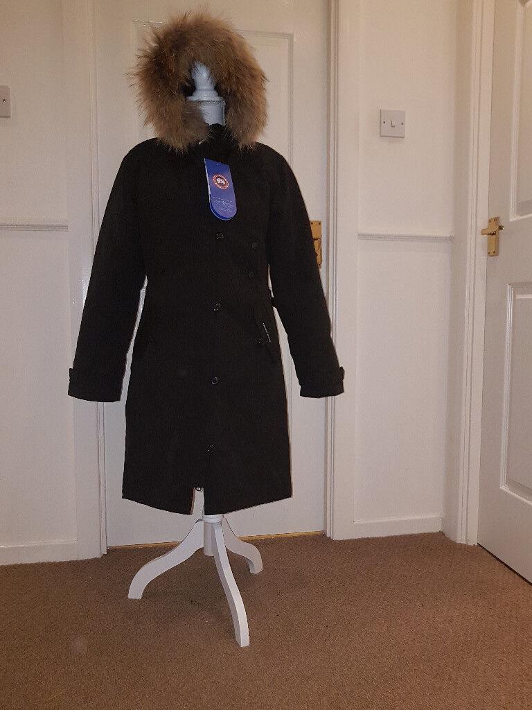 Black Parka coat (like) Canada Goose, down filling, real fur trim size
