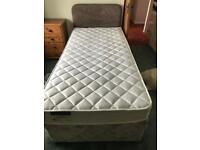 FREE SINGLE DIVAN BED WITH DRAWERS