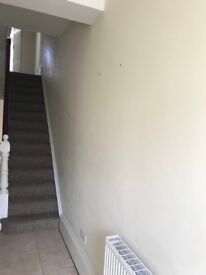 Attention all Contractors, ideal 5 bedroom fully furnished house
