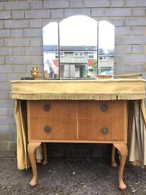 GENUINE QUEENS ANNE DRESSING TABLE FREE DELIVERY LDN 🇬🇧