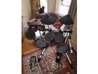 Yamaha DTXPLORER Electric Drum Kit (Perfect for Beginners)