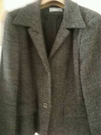 Excellent Wallis Jacket in grey. Size14.