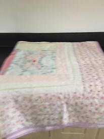 Mamas & papas quilt in as new Condition