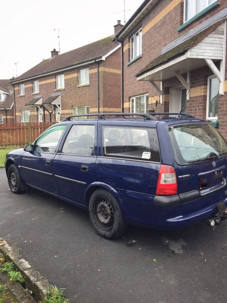 1998 VAUXHALL VECTRA estate - MOT'd until 2/3/17 - Spares or repairs (Still driving!)