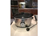 Family sized digital slow cooker crock-pot casserole XL 5.8L Russell Hobbs - perfect condition