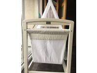 Silvercross Crib - unisex /white