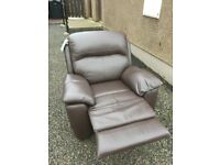 AS NEW LARGE REAL LEATHER RECLINER STILL WITH TICKET NEW £799 -- CAN DELIVER LOCALLY --