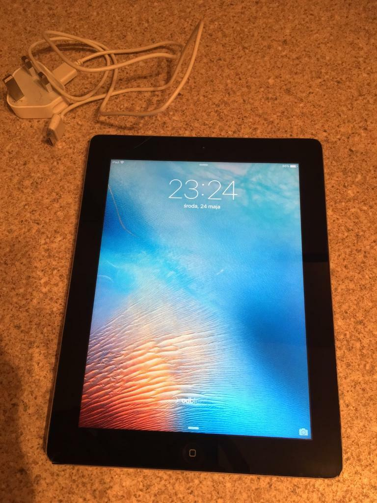 iPad 3 Generation 16GBin AberdeenGumtree - iPad 3 16 GB Silver Black. (iPad with charger for sale)iCloud is unlocked and iPad is ready for new owner. Wifi only.iPad is in good condition. Please see all pictures before purchase. only small dents on the corners as show on pictures other way...