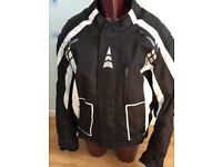 AKITO AIRVENT=MOTORCYCLE JACKET=USED ONCE=LARGE=MINT