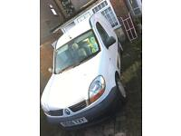 Renault 1.5HDI 2006 2 keys,long mot tax,Ex company Fleet clean in and out