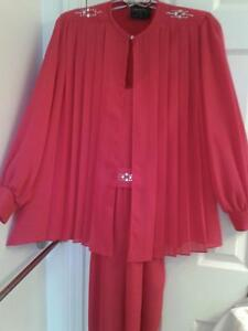 SPECIAL OCCASION OUTFIT - size 7