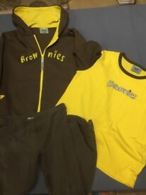 Brownie Hoodie, T-shirt and Leggings. £18 for the lot