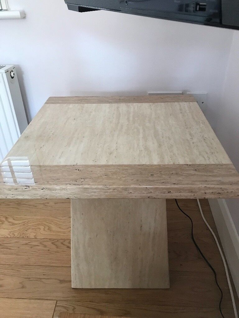 A Beautiful Cream Marble Lamp Table In Immaculate Condition In