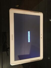 Samsung tablet 10 inch white