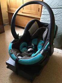 BeSafe Baby car seat with Isofix base