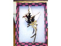 LADIES NEW , VINTAGE STYLE COCKTAIL BROOCH, INLAID ENAMEL, AND CRYSTALS SIZE 4 INCHES
