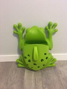 Boon frog pod bath toy storage