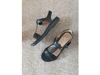 Clarks artisan unstructured sandals size 7