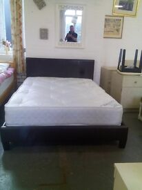 Double bed and mattress REF:GT273