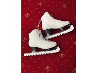 Belati ice skates size EU 36 (UK 3.5) £15